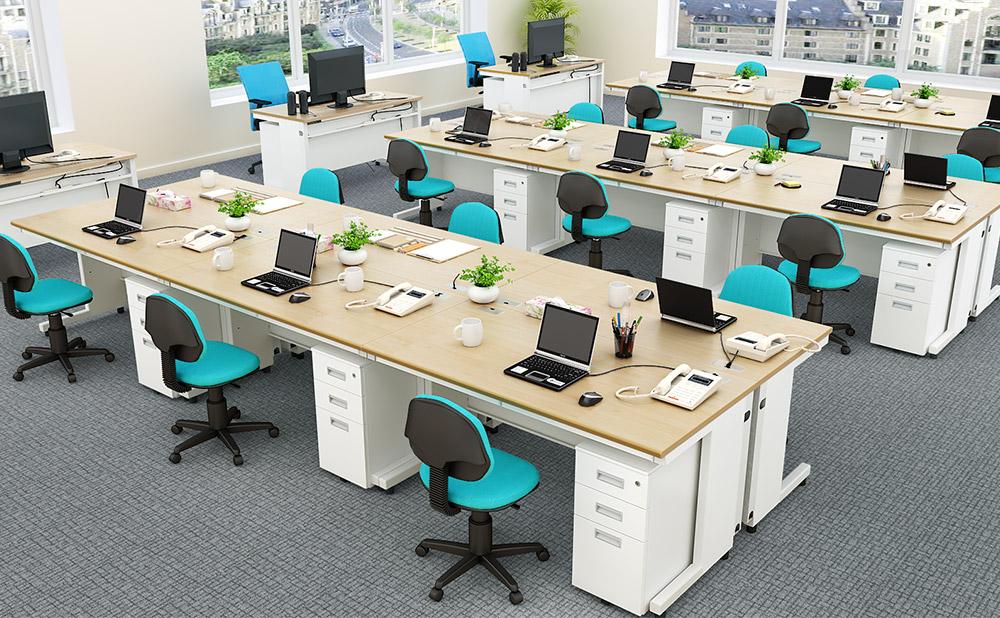 オフィスデスク 平机 事務机 使用イメージ